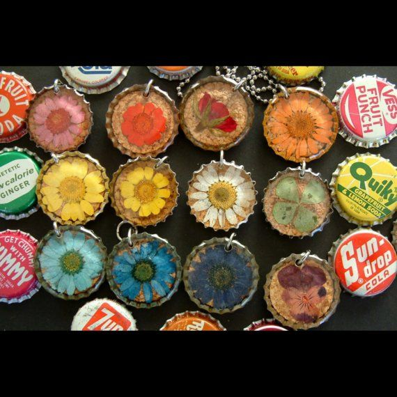 Real dried flowers all colors bottle cap necklace by for How to make bottle cap flowers