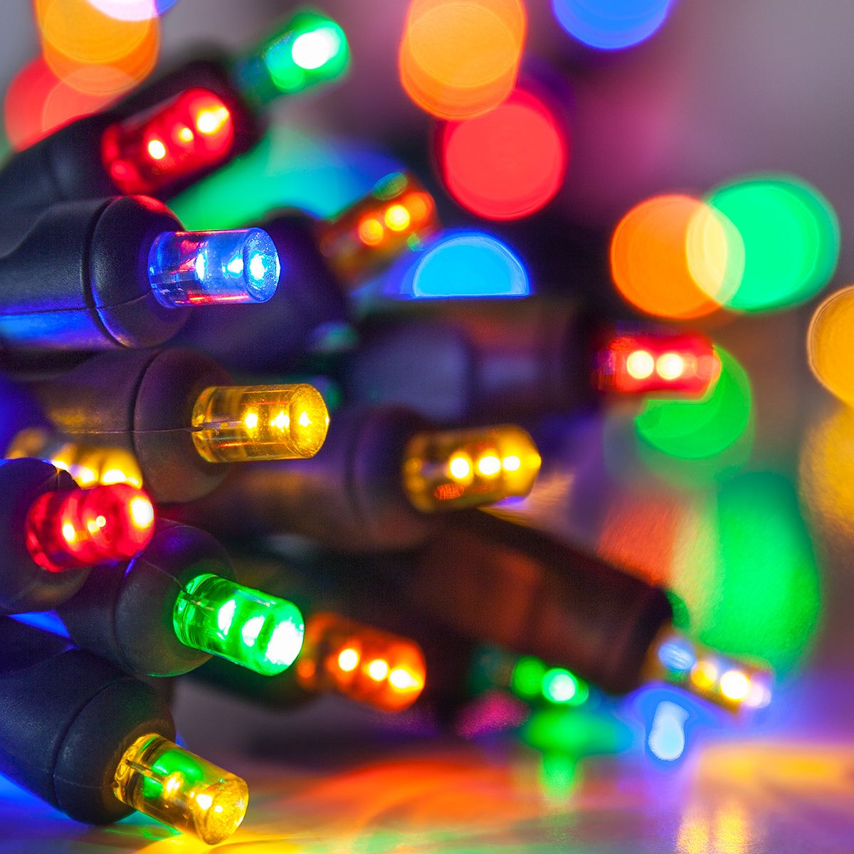 20 Multicolor Battery Operated 5mm LED Christmas Lights, Green Wire ...