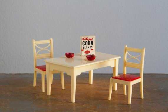 renwal and ideal kitchen table  chairs with cereal and