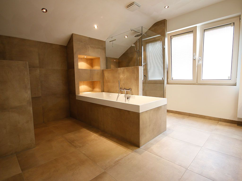 Afbeeldingsresultaat voor zandkleur muur badkamer for Zandkleur muur