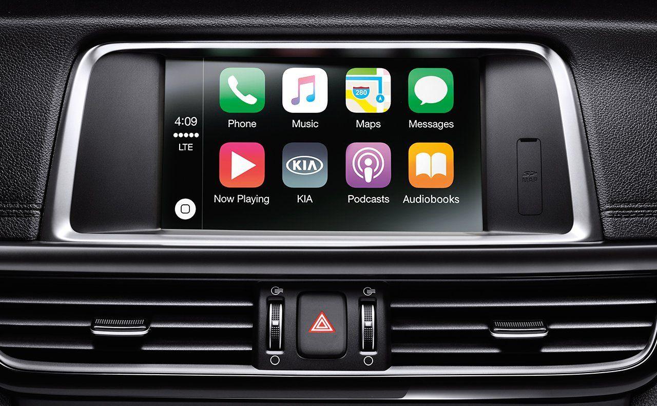 The 2018 Kia Optima with Apple CarPlay feature. Kia