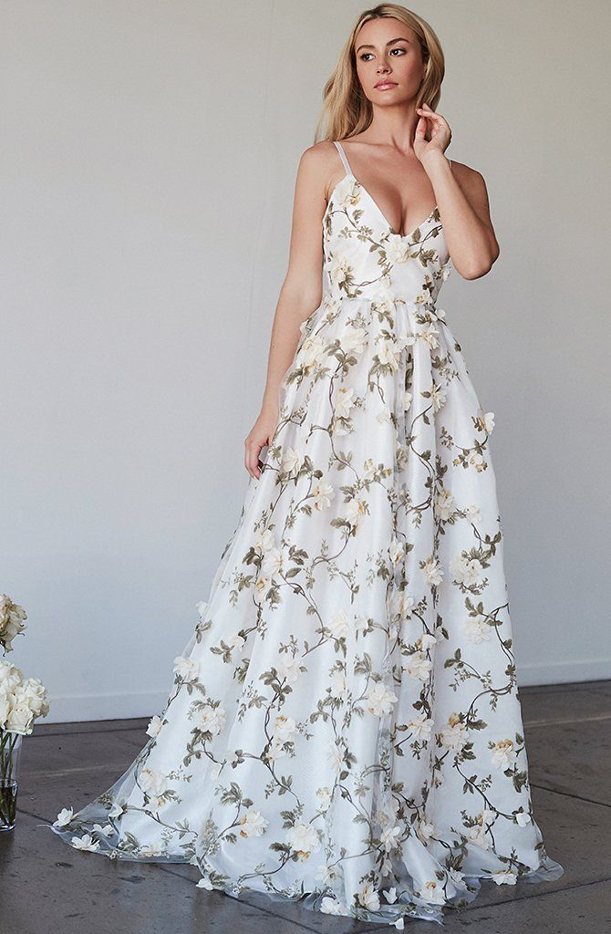 Beautiful Prom Dresses A-line Spaghetti Straps Floral Lace Long Prom Dress  White Evening Dress JKL541 10dd5b1e3