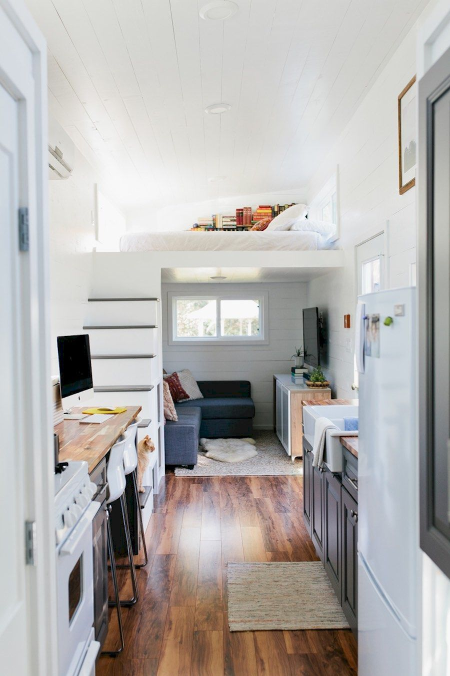 The Best Tiny House Interiors Plans We Could Actually Live In 43 Ideas Decoredo Tiny House Interior Modern Tiny House Tiny House Living