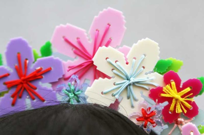 Detail of a beautiful headpiece made by @Tatty Devine for Susie Bubble