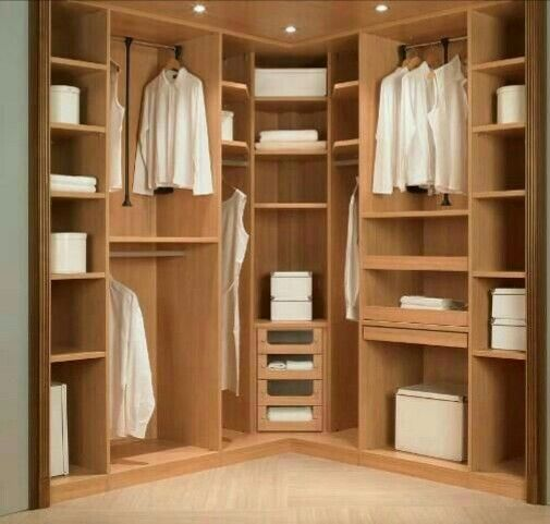 Good Corner Space In Walk In Carpinter A Juan Pinterest Corner Space Spaces And Wardrobes