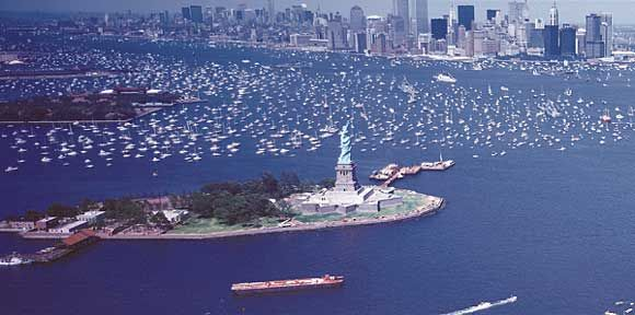 July 4th, 1976 in New York City: The Bicentennial of the United ...
