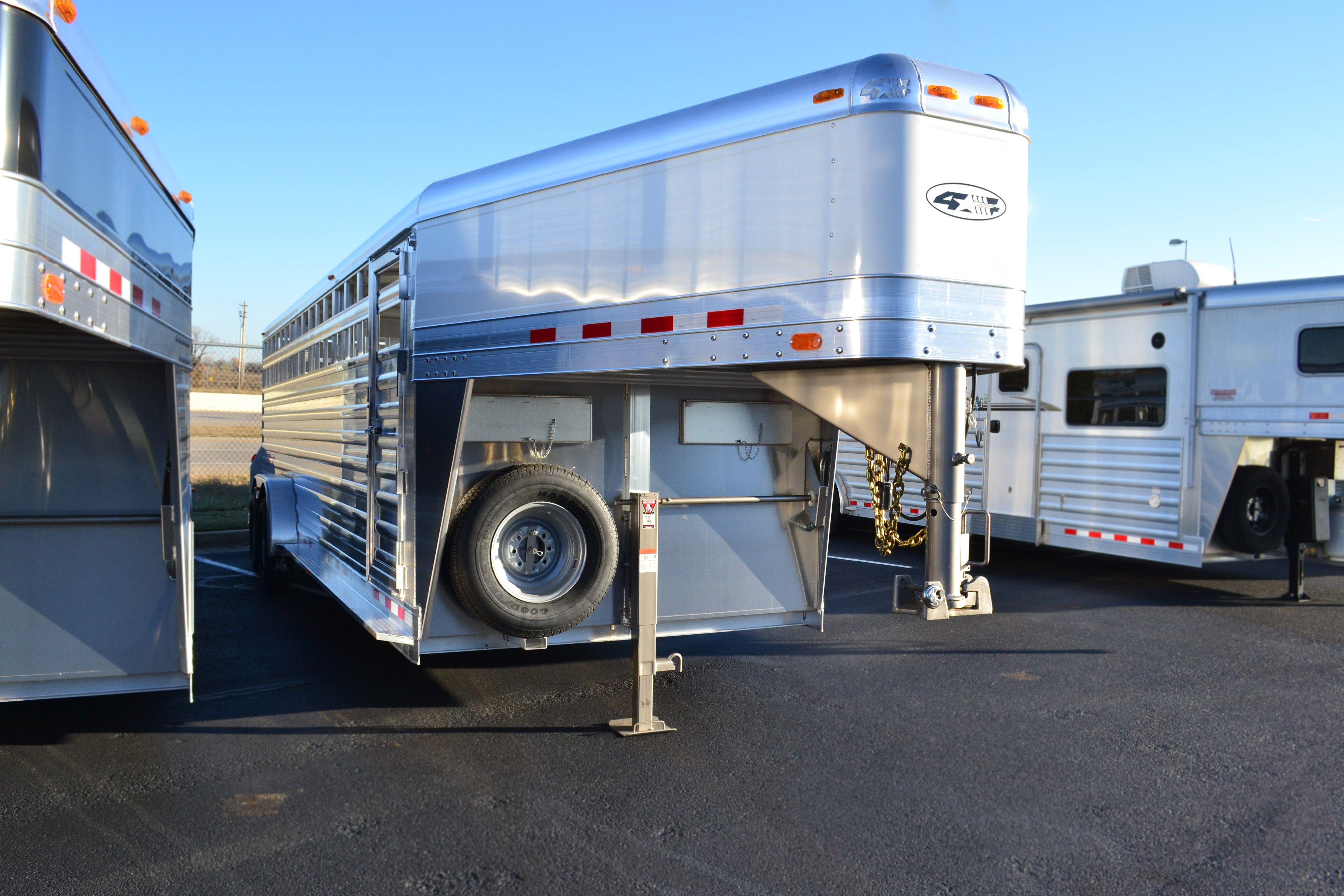 2016 4Star aluminum 24' stock gooseneck trailer with the