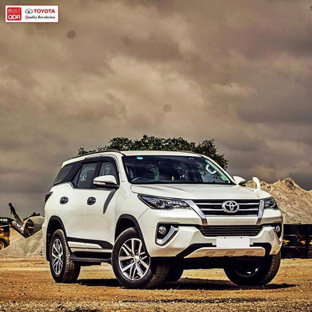 Fortuner White Car Akash Joseph Google Toyotaclassiccars With Images Toyota Car Models Toyota Suv Classic Cars