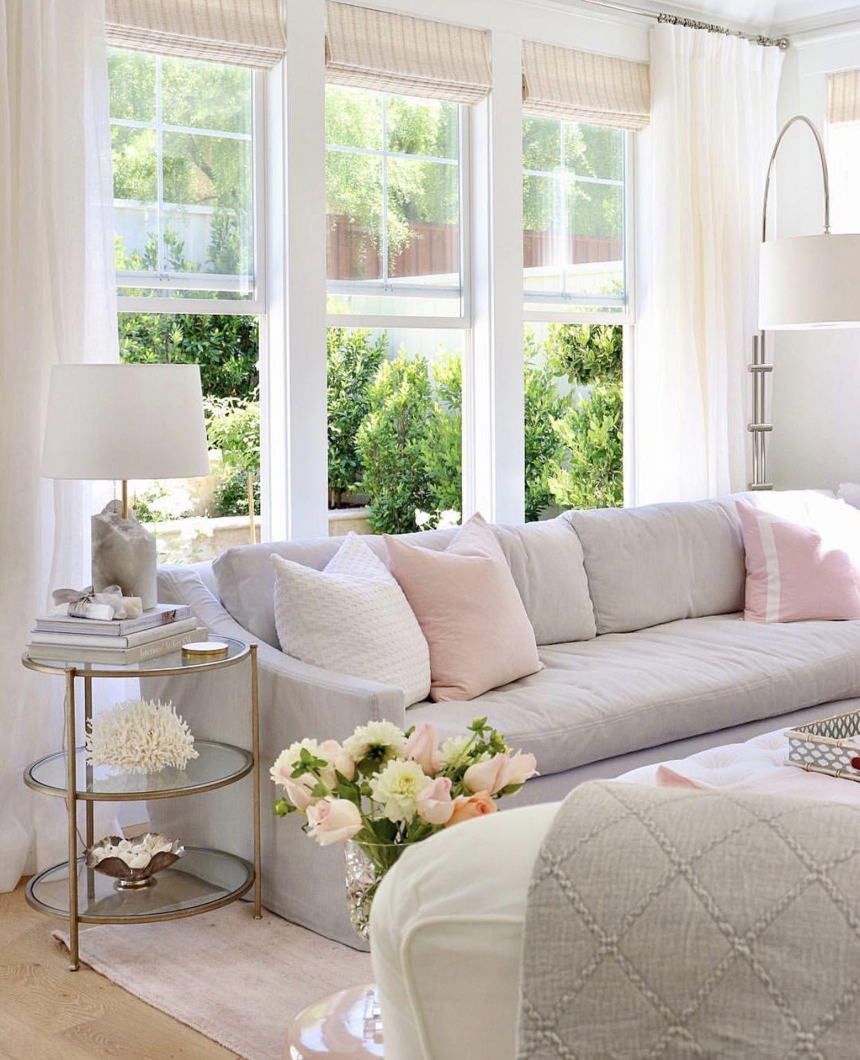 Love This Living Room So Feminine And Classy Livingroom Elegant Homedecor Interiordesign Classy Living Room Shabby Chic Living Room Feminine Living Room #shabby #chic #living #room #decor