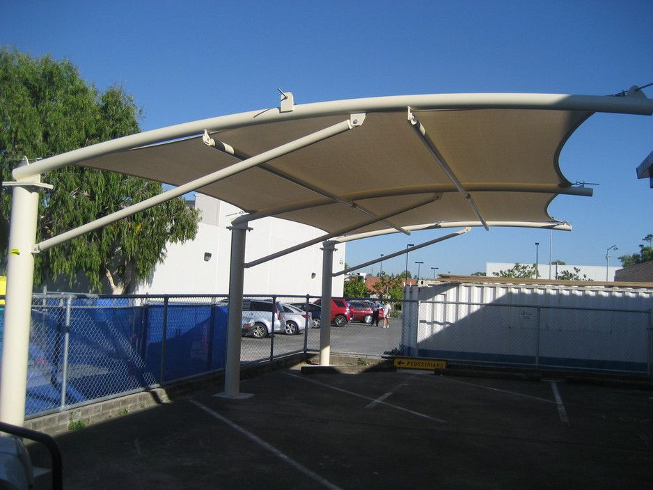 Cantilevered Shade Structure