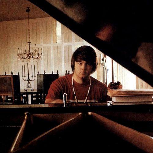Brian Wilson Piano | Brian wilson, The beach boys, Pet sounds