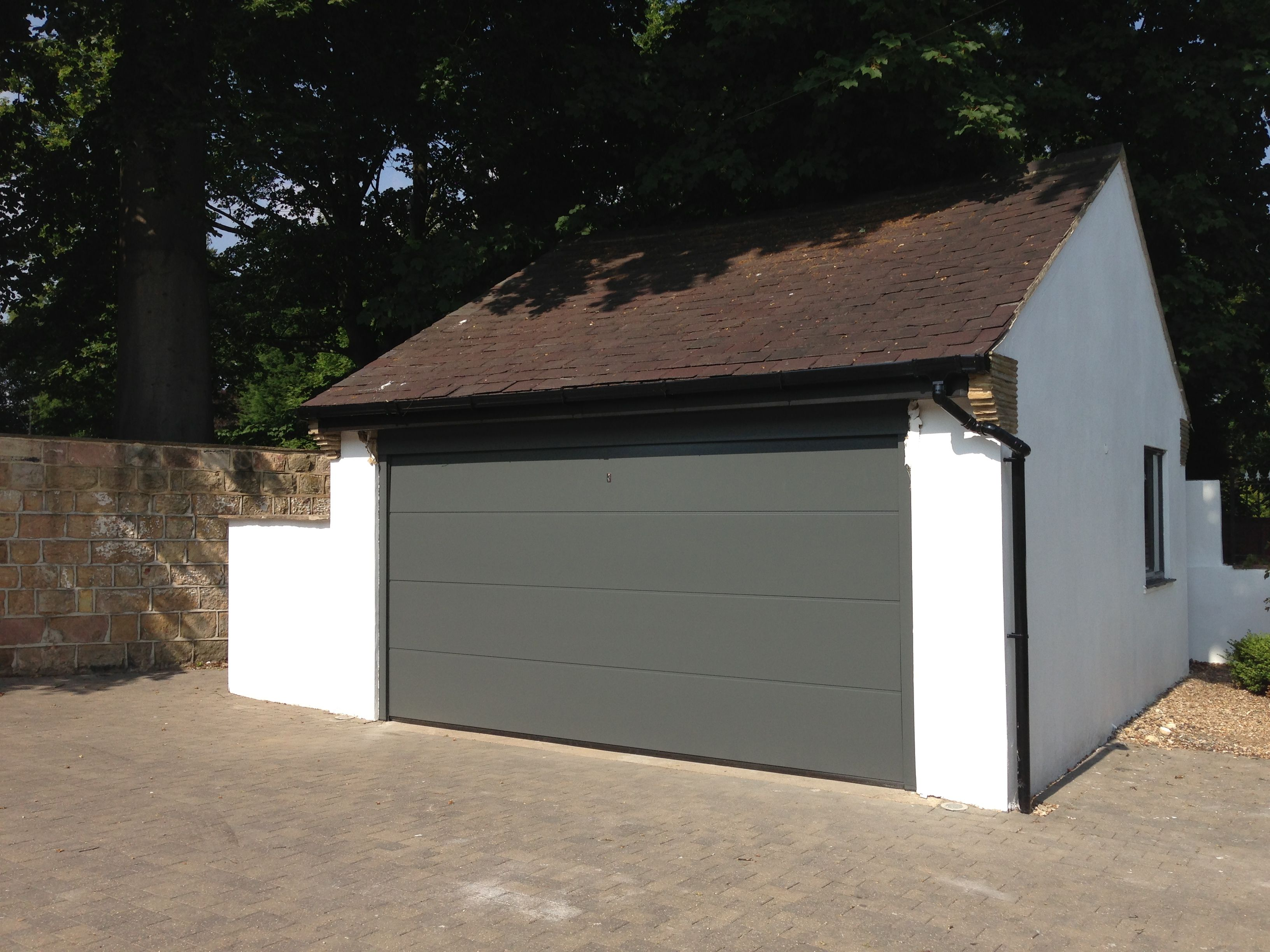 Hormann L Ribbed Made To Measure Sectional Garage Door In Traffic