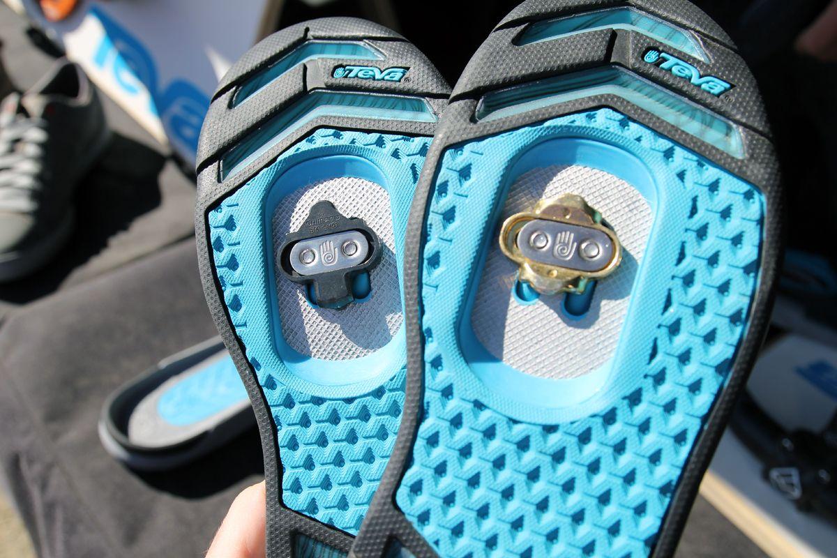 Soc13 Teva Launches Pivot Clipless Mtb Shoe Carbon Casual Shoe