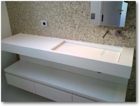 Plan vasque avec fond de cuve en pente - Crea-Diffusion, spécialiste