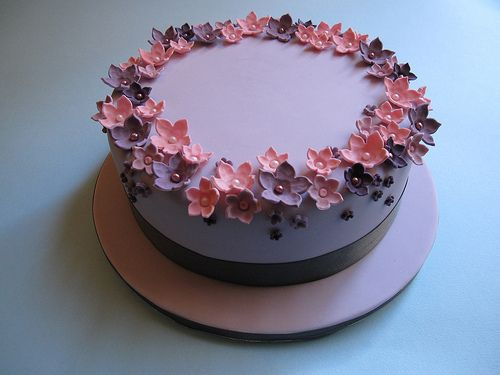 Find This Pin And More On Cake Decorating Ideas One Tier
