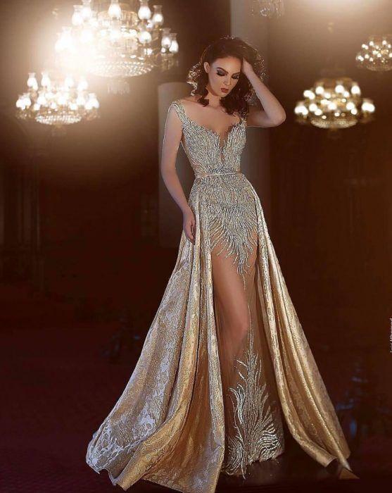 15 Lindos vestidos extra largos para ser la envidia en tu graduación
