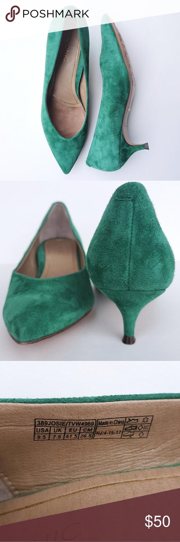 Vionic Green Suede Josie Kitten Heel In 2020 Kitten Heels Green Suede Shoes Women Heels