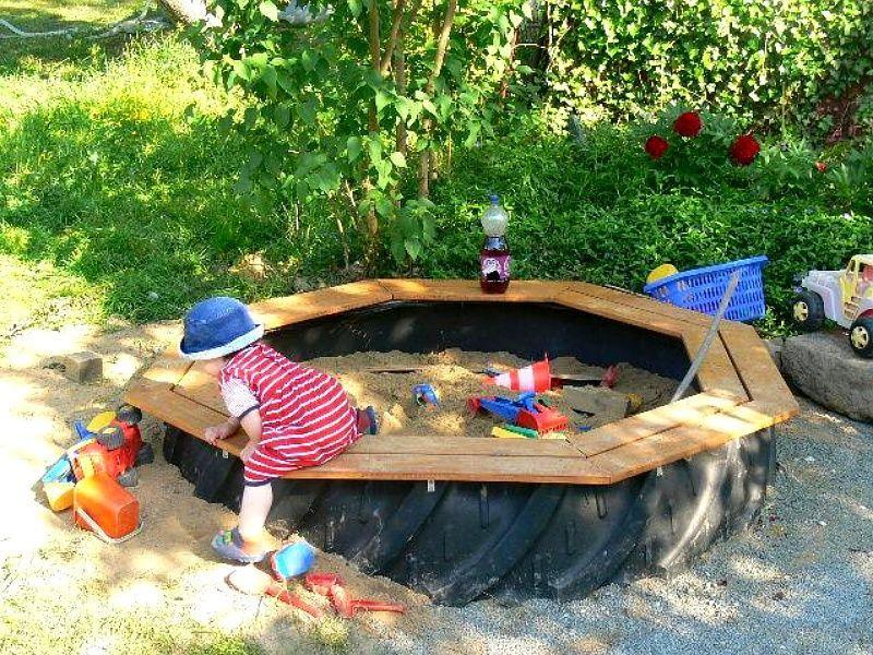 Reifen Als Sandkasten Gesucht Seite 1 Von 3 Ta In 2020 Diy Playground Backyard For Kids Backyard Playground