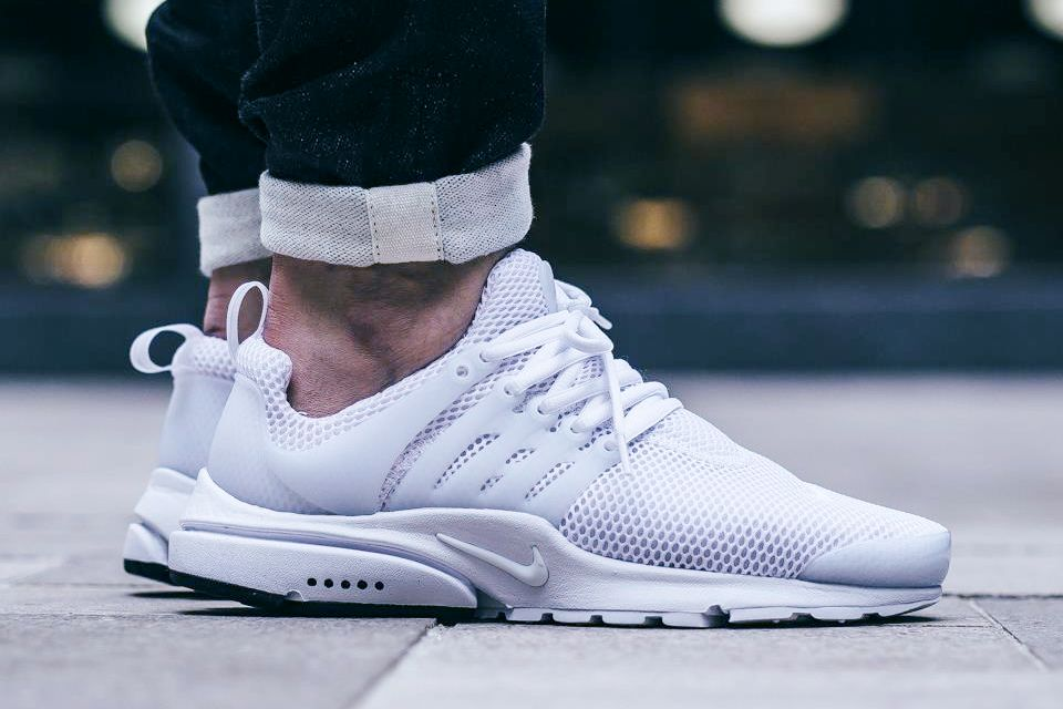 NIKE AIR PRESTO 'WHITE/WHITE' (via Kicks-daily.com)