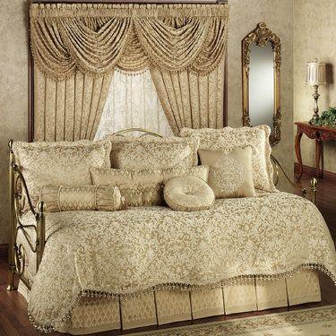 Newcastle Damask Daybed Bedding Set Daybed Comforter Sets