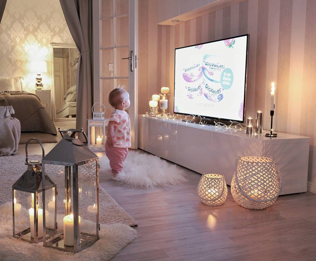 Wohnzimmer Deko Ideen Instagram My At And About Mybaby Watching Tv Livingroom Athome