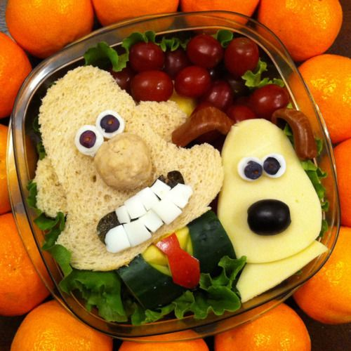 Sitarzewski has created over 120 different bento lunch boxes, featuring characters such as Spongebob Squarepants, Harry Potter, Hello Kitty and Angry Birds.