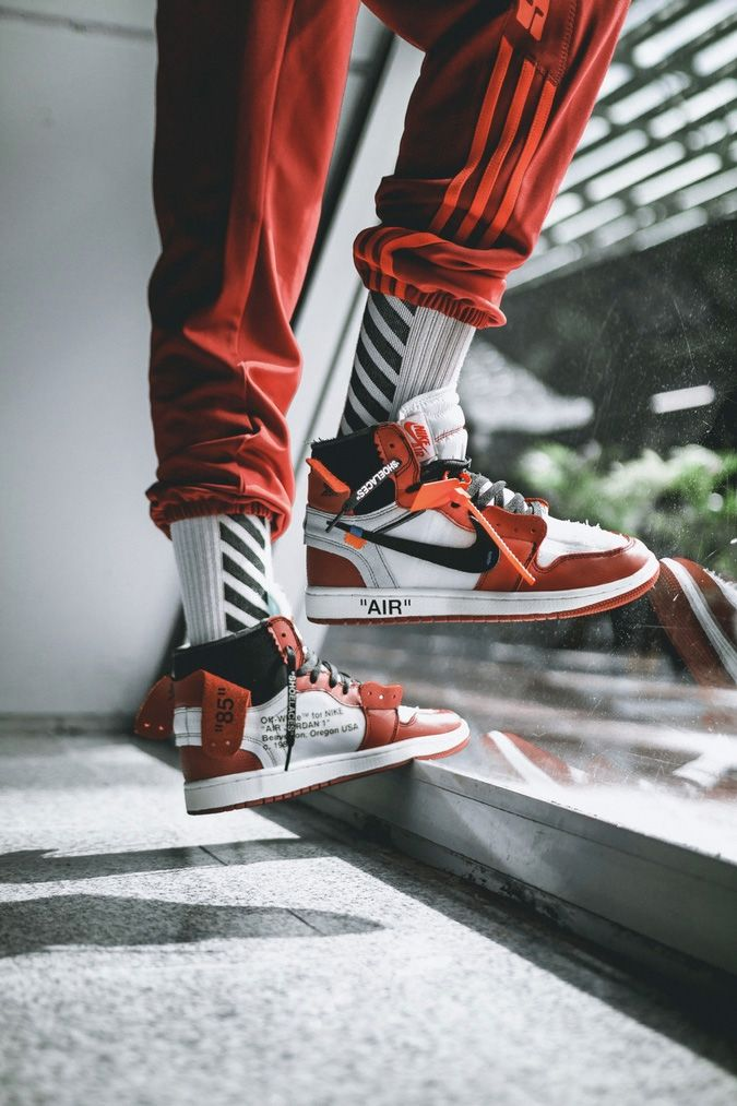 cheap for discount 634e0 0dcda Off-White x Air Jordan 1: Detailed On-Foot Preview Pictorial ...