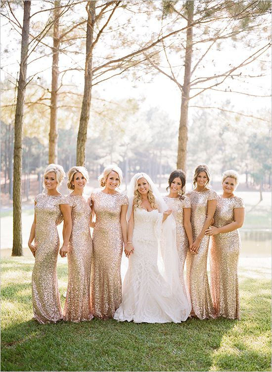 Gold and White Glam Wedding | Brautjungfernkleider, Brautjungfer und ...