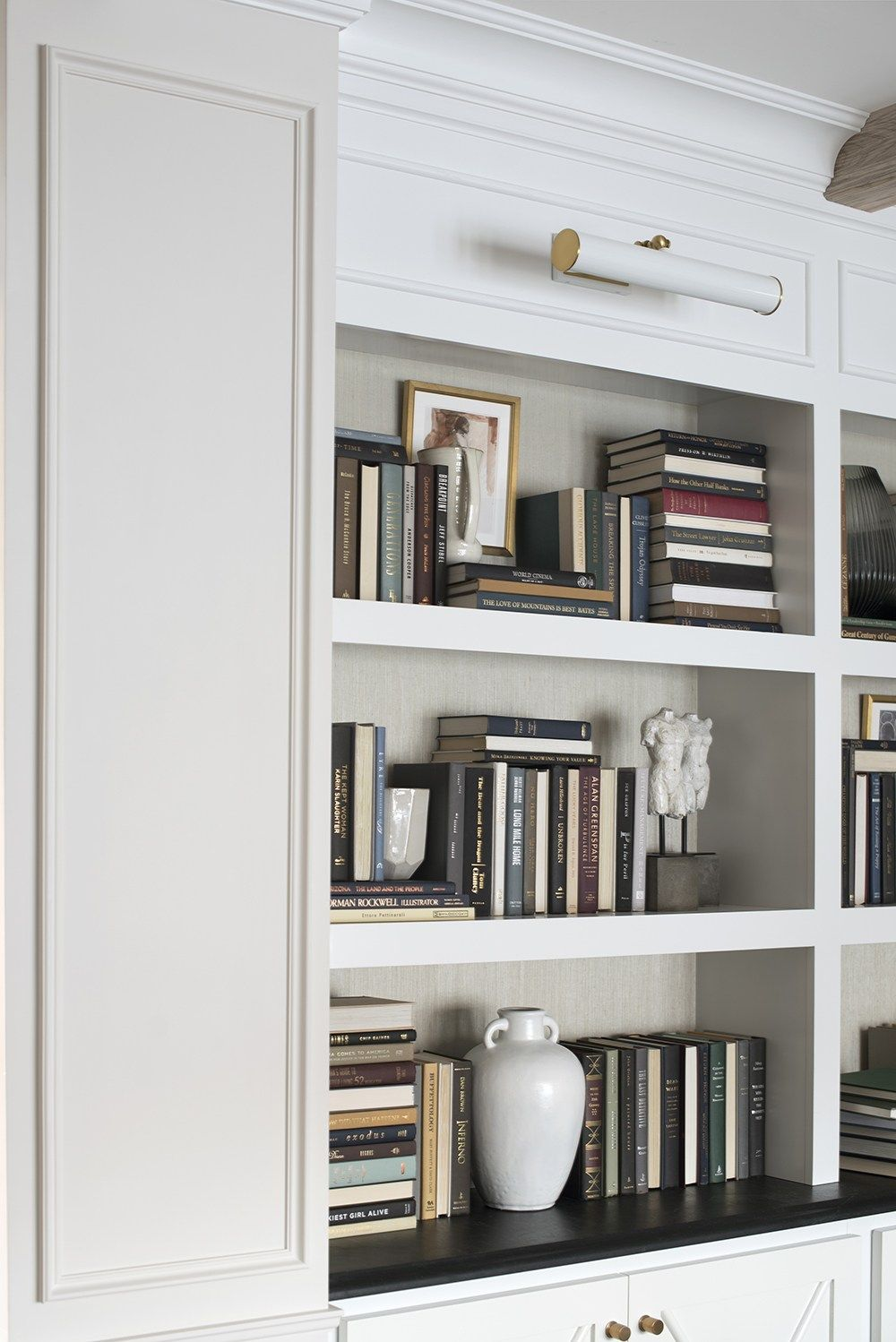 10 Tips For Shelf Styling With Lots Of Books Room For Tuesday In 2020 Bookshelves In Living Room Styling Bookshelves Shelves #tall #shelves #for #living #room