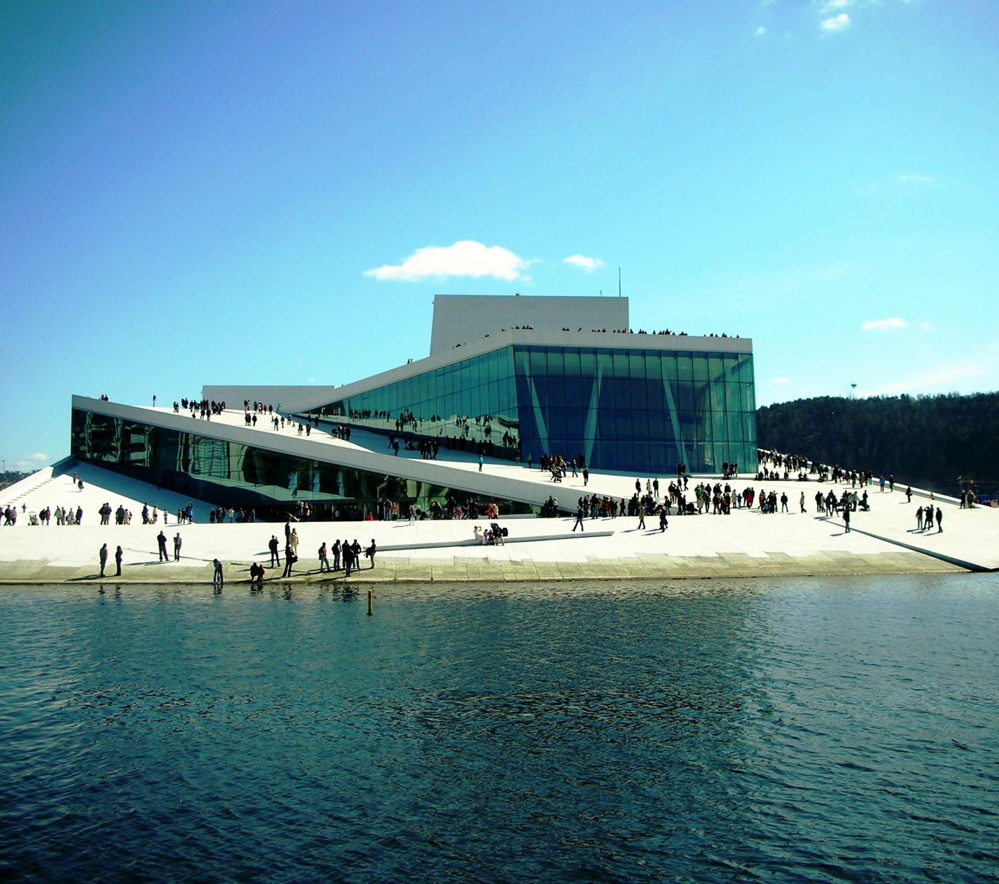 Houses Of The Rich And Famous Google Search Oslo Opera House Scandinavian Architecture Amazing Buildings