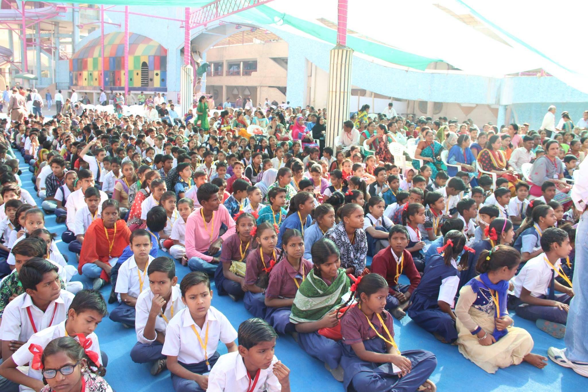 મેયરશ્રીનો અનોખો પ્રયોગ: માં બાપ વિનાના નિરાધાર બાળકો સાથે અમદાવાદ સ્થાપના દિન ની ઉજવણી #AhmedabadSthapanaDivas #AhmedabadFoundationDay #Ahmedabad #HBDayAhmedabad #HappybdayAhmedabad Ahmedabad, India AMC-Ahmedabad Municipal Corporation Gautam Shah TV9 Gujarati Ahmedabad One Divya Bhaskar