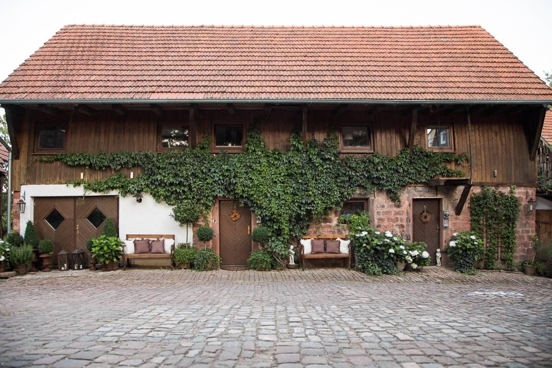 Bauernhof Haus Mit Besonderem Charme Und Sauna Landgasthofe Zur Miete In Beerfelden Hessen Deutschland Bauernhof Allgau Ferienhaus Haus Mieten