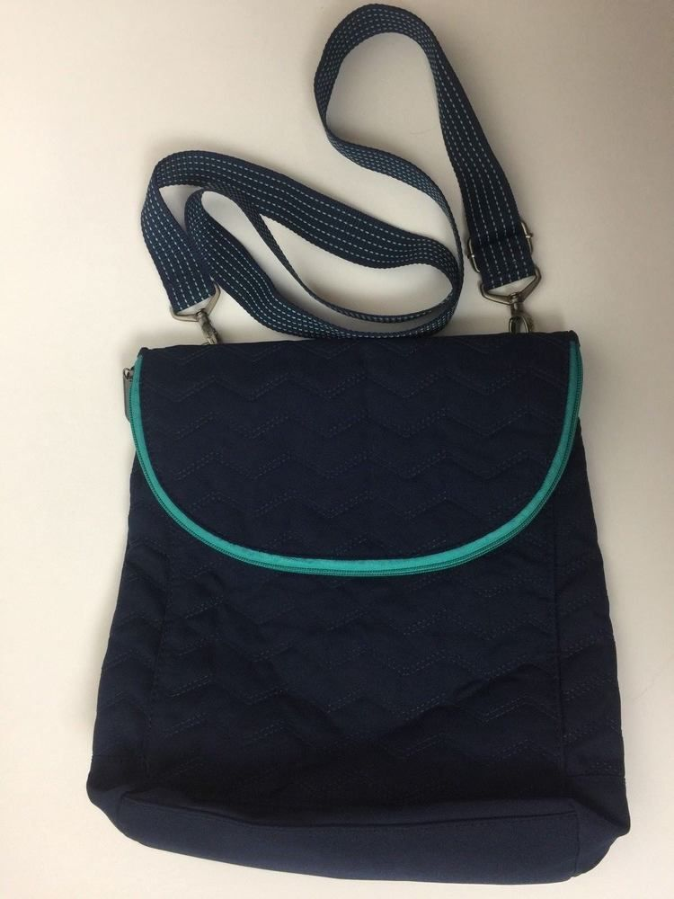 13f428e7e5d6 Thirty One Vary You Backpack Crossbody Purse Navy & Turquoise ...
