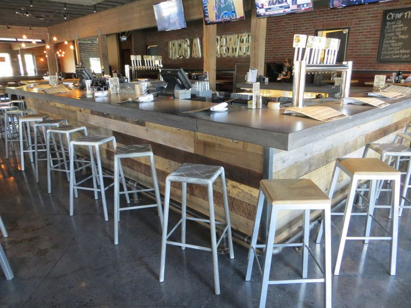Reclaimed wood and cement bar - Reclaimed Wood And Cement Bar Restaurant Design Pinterest