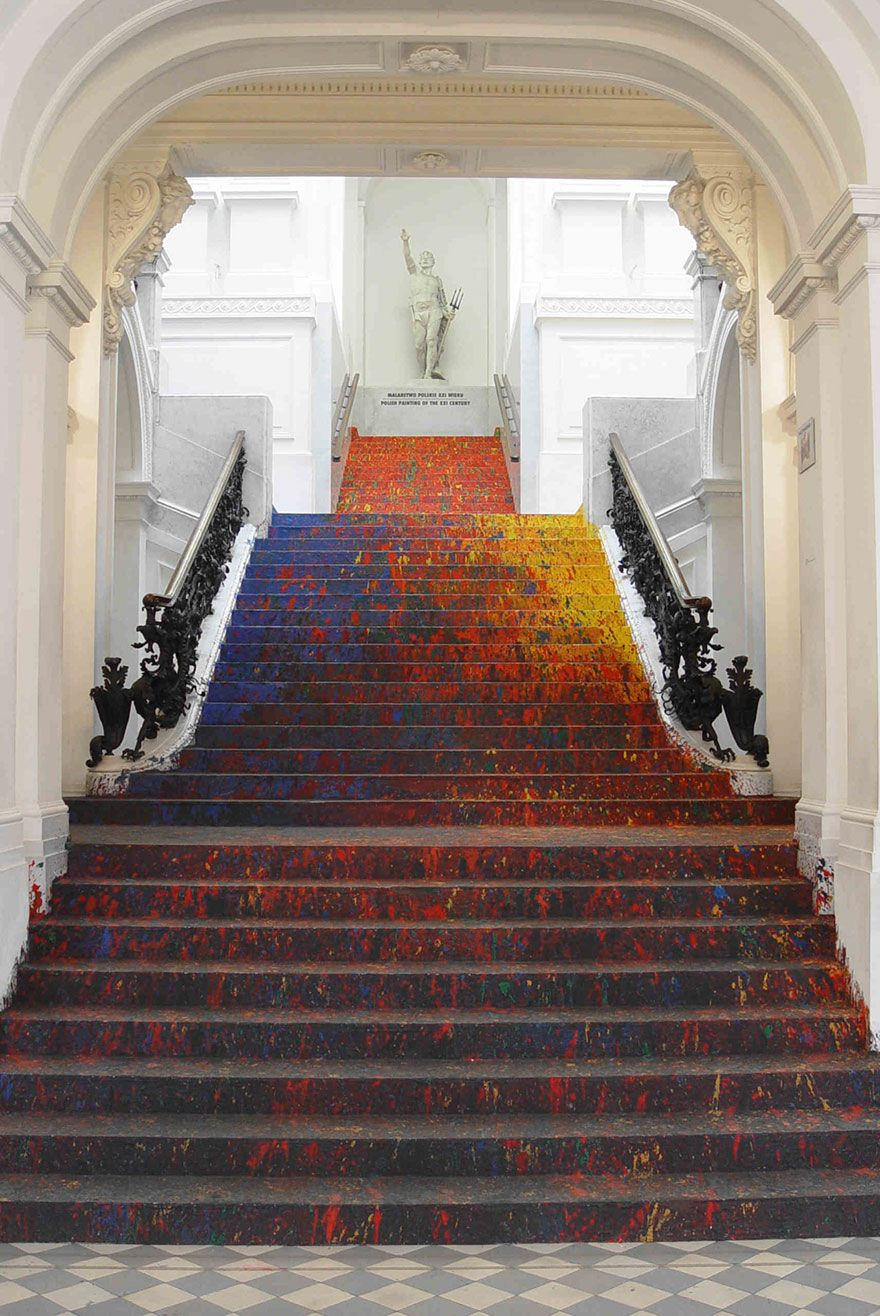 Polish artist splatters national galleryus staircase with paint and