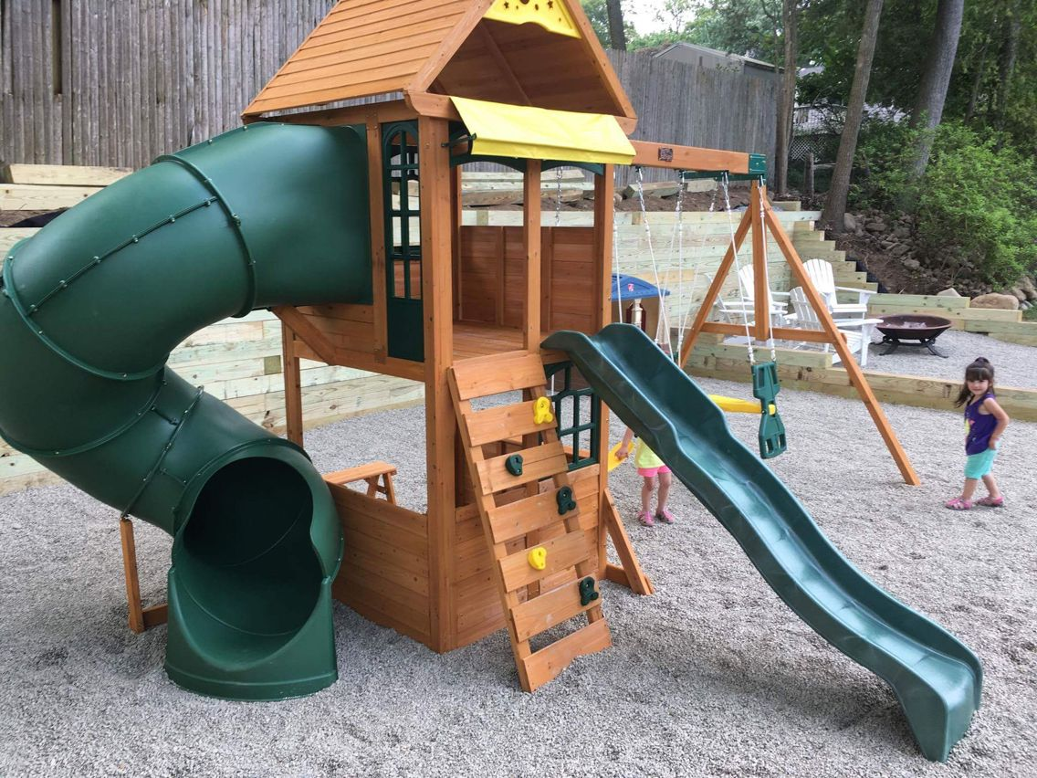 527 montrose playset delivered and assembled in park