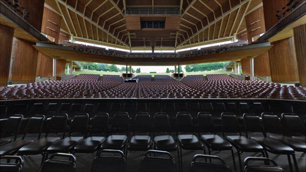 The Most Beautiful Outdoor Theaters In The World Outdoor Theater Opera Wolf Trap