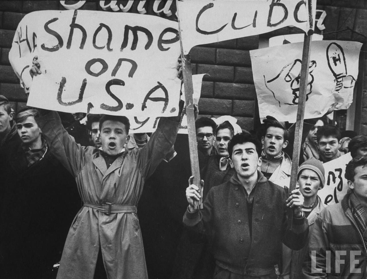 crisis during the cold war Full answer during the cold war as long as it lasted, the cold war kept american life off balance to one degree or another incidents like the cuban missile crisis had americans terrified of imminent nuclear war.