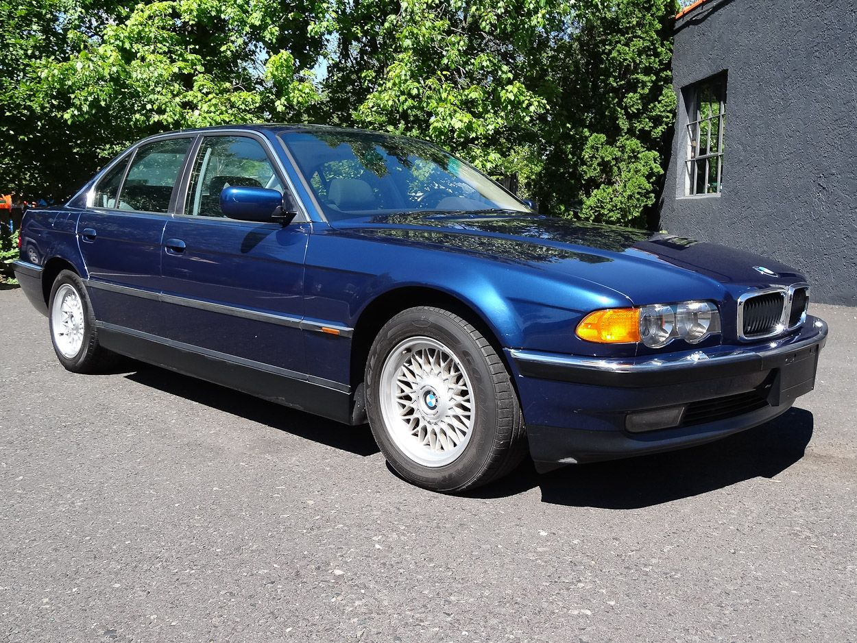 medium resolution of this 2000 bmw 740i sedan is in great condition has only 89 161 miles this 4 door luxury sedan is fun to drive with its quiet 282hp 4 4l v8 powerhouse