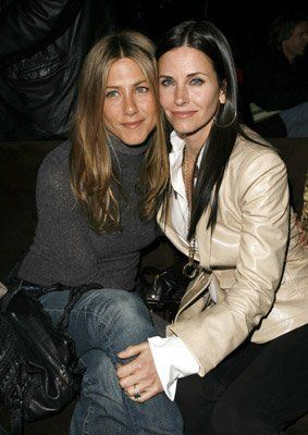 Jennifer Aniston and Courteney Cox at event of The Tripper