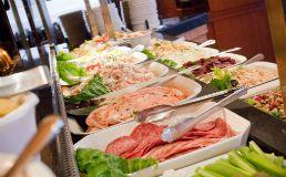Skylon Tower Revolving Dining Room Restaurant In Niagara Falls Buffet Attractions