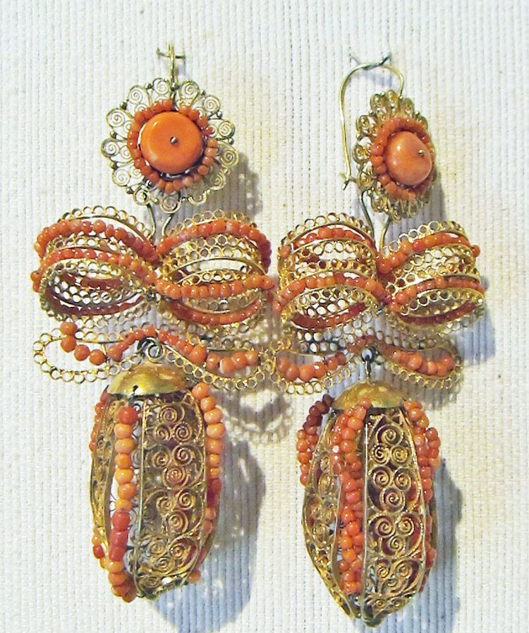 ae0f8ee10321 Spanish Colonial jewelry at a Museum in Oaxaca