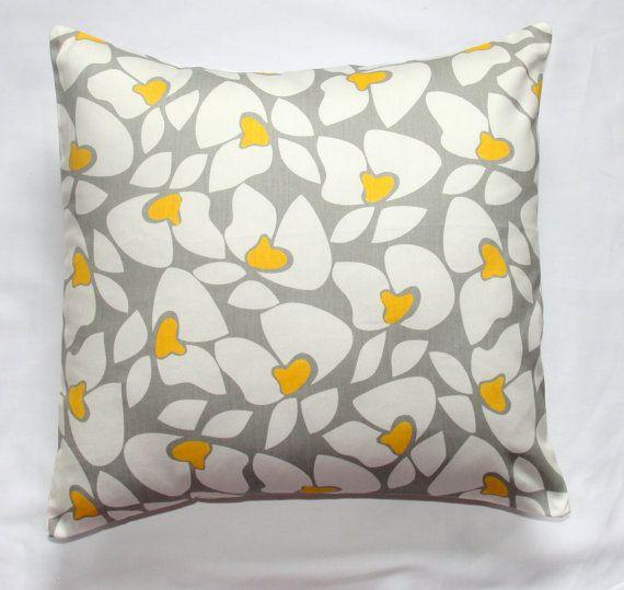 Can I Match An Accent Chair To My Throw Pillows: Pillows, Decorative Pillows, Natural Pillows