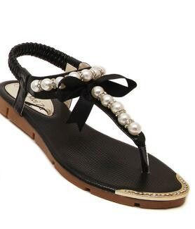 Women Flat Sandals with Pearls