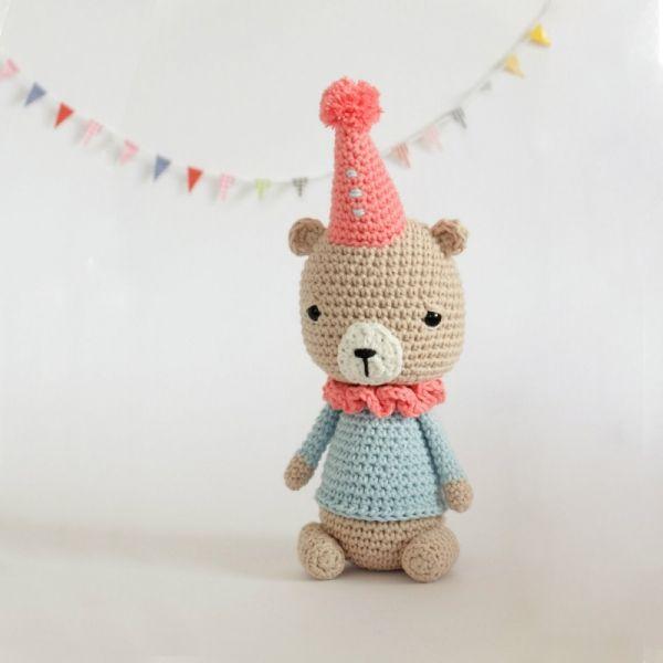 Pete The Bear Amigurumi Pattern | Osos amigurumis | Pinterest