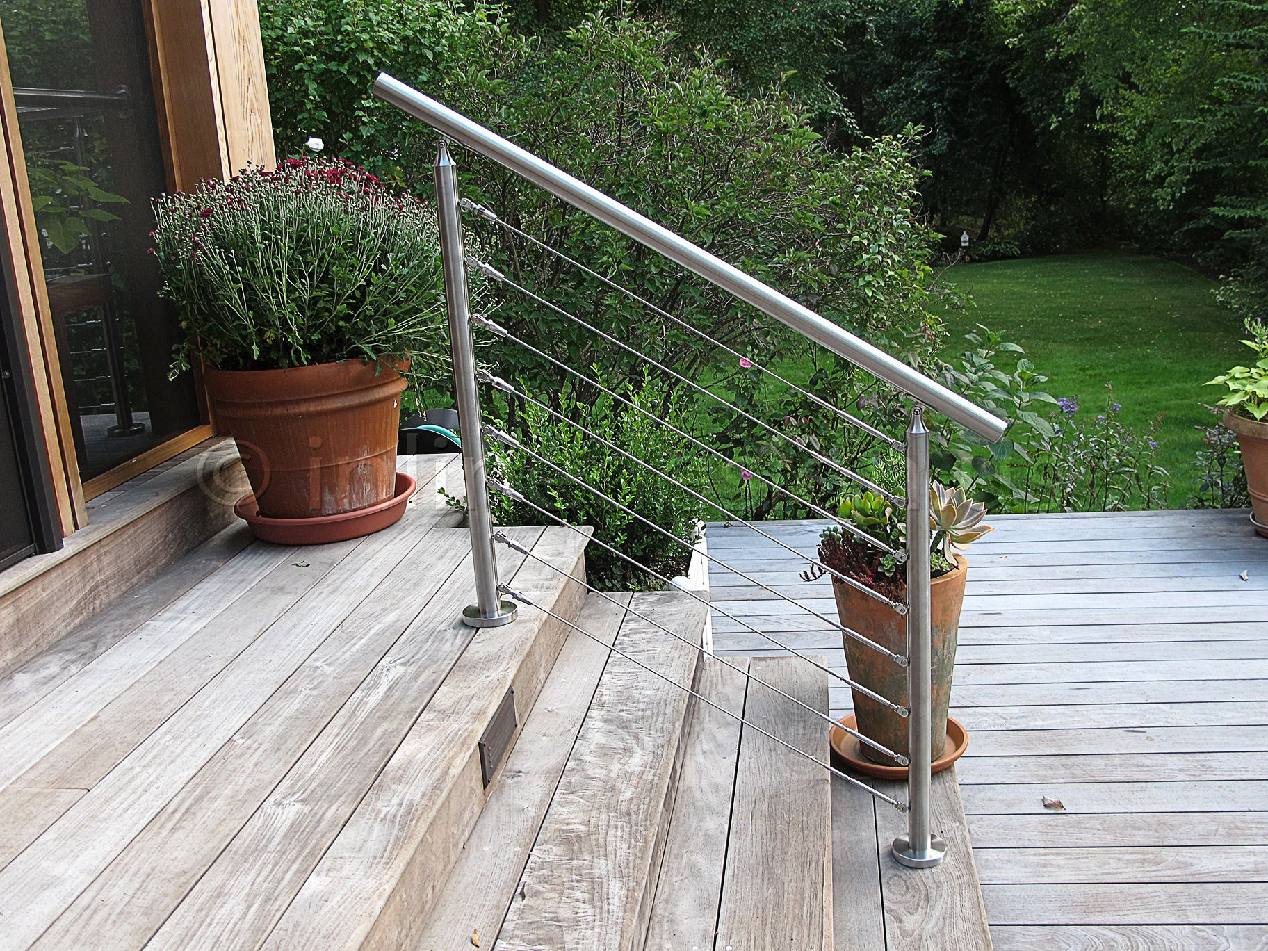 Best Stainless Steel Cable Deck Railing View Plenty Deck 400 x 300