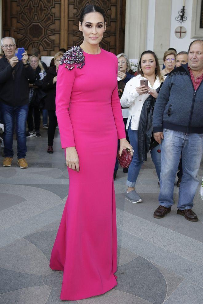 Vicky Martín Berrocal apuesta por el fucsia para su vestido de ...