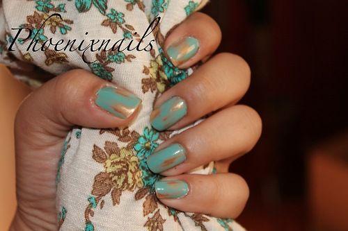 acid wash nails top: essie turquoise & caicos/ bottom: essie shifting power