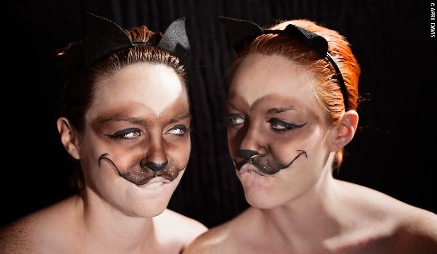 BE SILLY DISNEY VILLIANS Siamese cats make-up and costume  sc 1 st  Pinterest & BE SILLY: DISNEY VILLIANS Siamese cats make-up and costume | silly ...