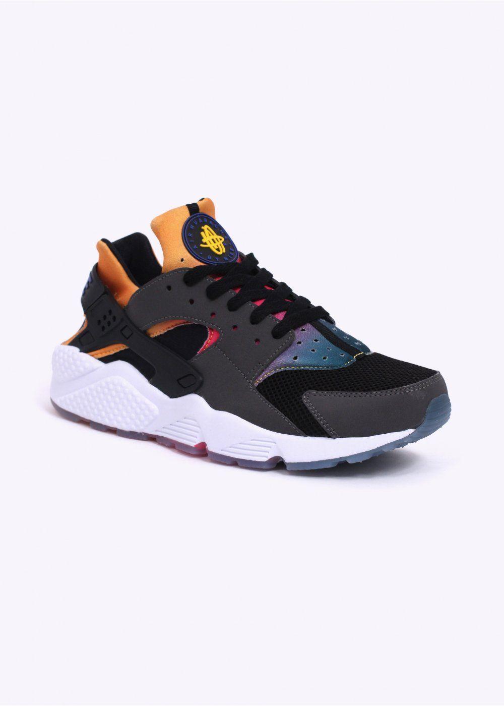 new product 4a6ac 5830a (Rare) Nike Air Huarache SD Rainbow